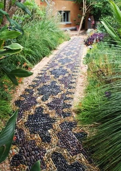 25 Unique Backyard Landscaping Ideas And Garden Path