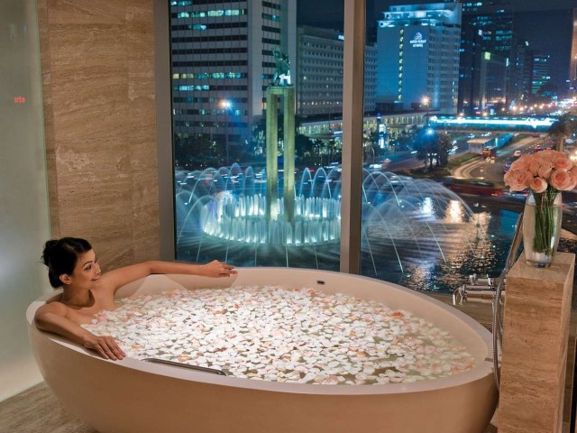 30 Amazing Bathroom Design Ideas With Awesome View