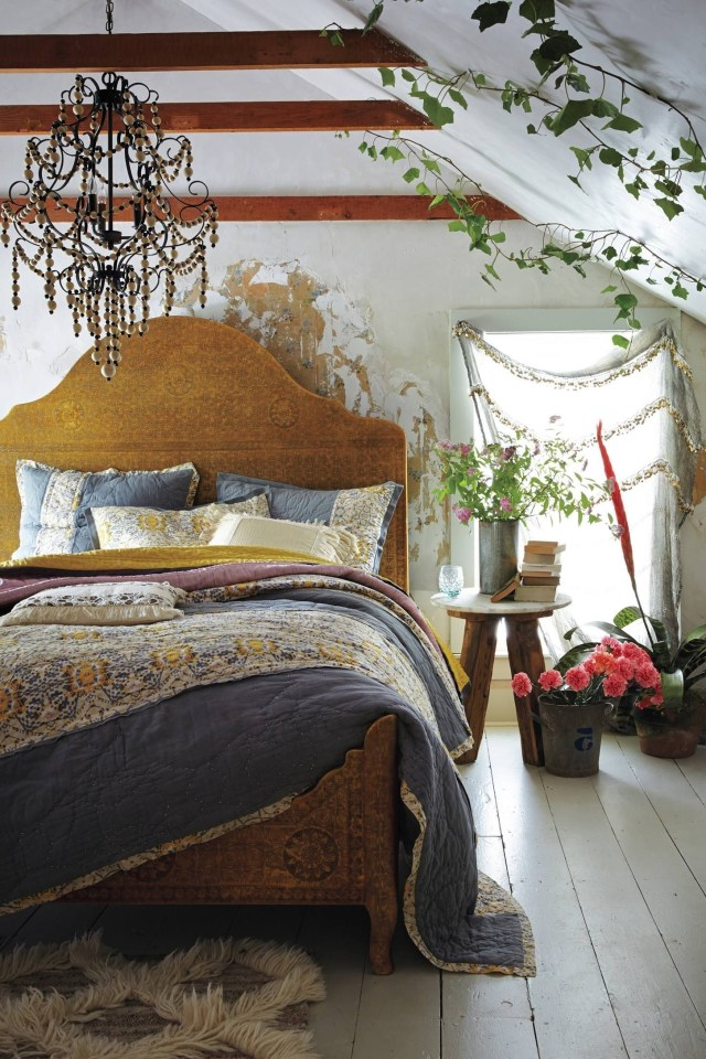 40 Amazing Apartment Bedroom Ideas For Your Sleep Comfort