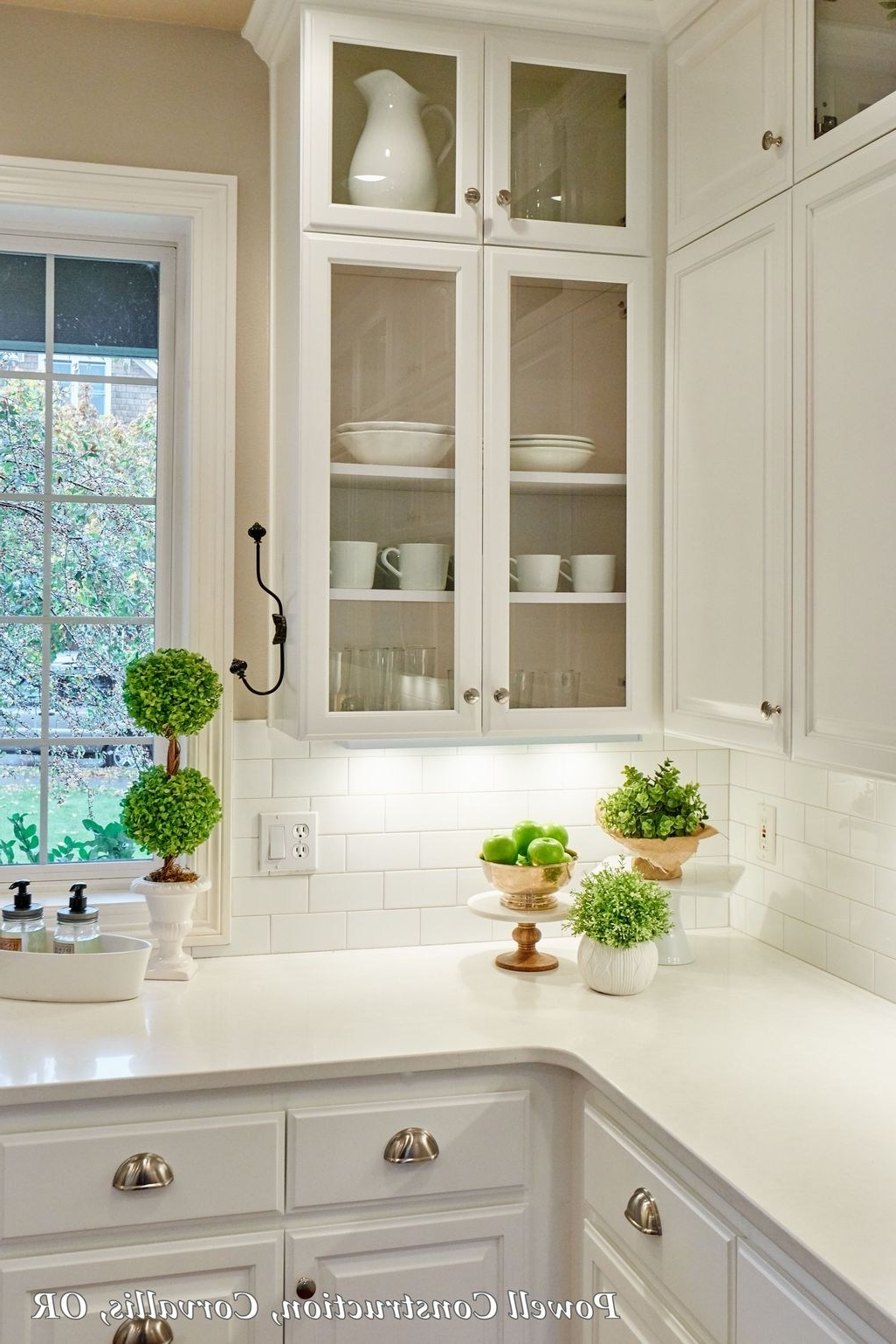43 Awesome White Kitchen Backsplash Design Ideas