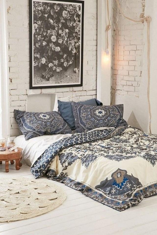 89 Cozy Romantic Bohemian Style Bedroom Decorating Ideas Bohemian Style Bedrooms Romantic