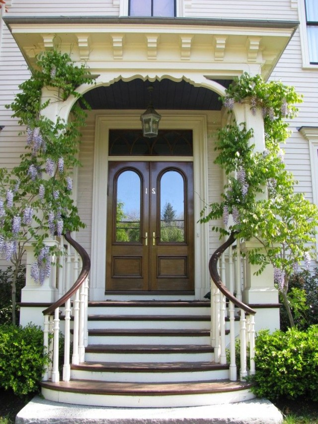 A Curvy Welcome Beautiful Front Doors Door Design