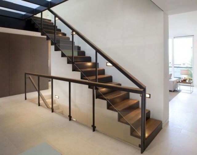 Beautiful Glass Stair Railing Design Examples To Inspire
