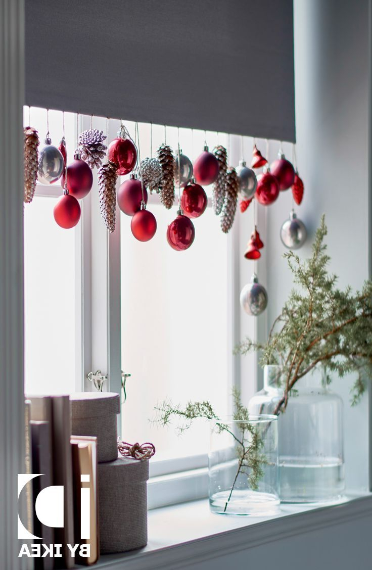 Beautiful Hanging Christmas Decorations Christmas Window