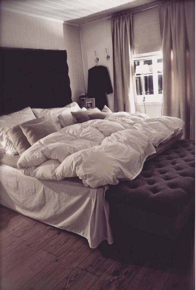 Bedroom Inspiration Love The Plush Bedding But Maybe In