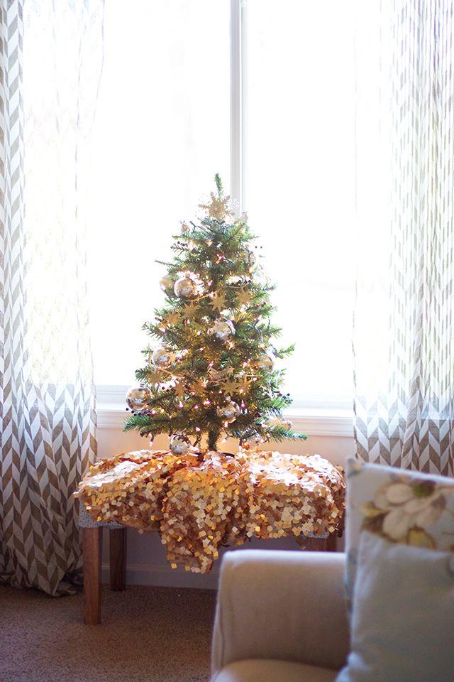 Blogger Stylin Home Tour Christmas Apartment Decor