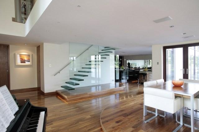 Chic Showcase Contemporary Grand Designs Home Love Chic
