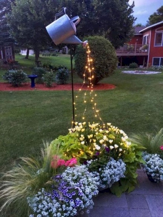 Creative Fall Decorating For Small Garden On Budget 15 In
