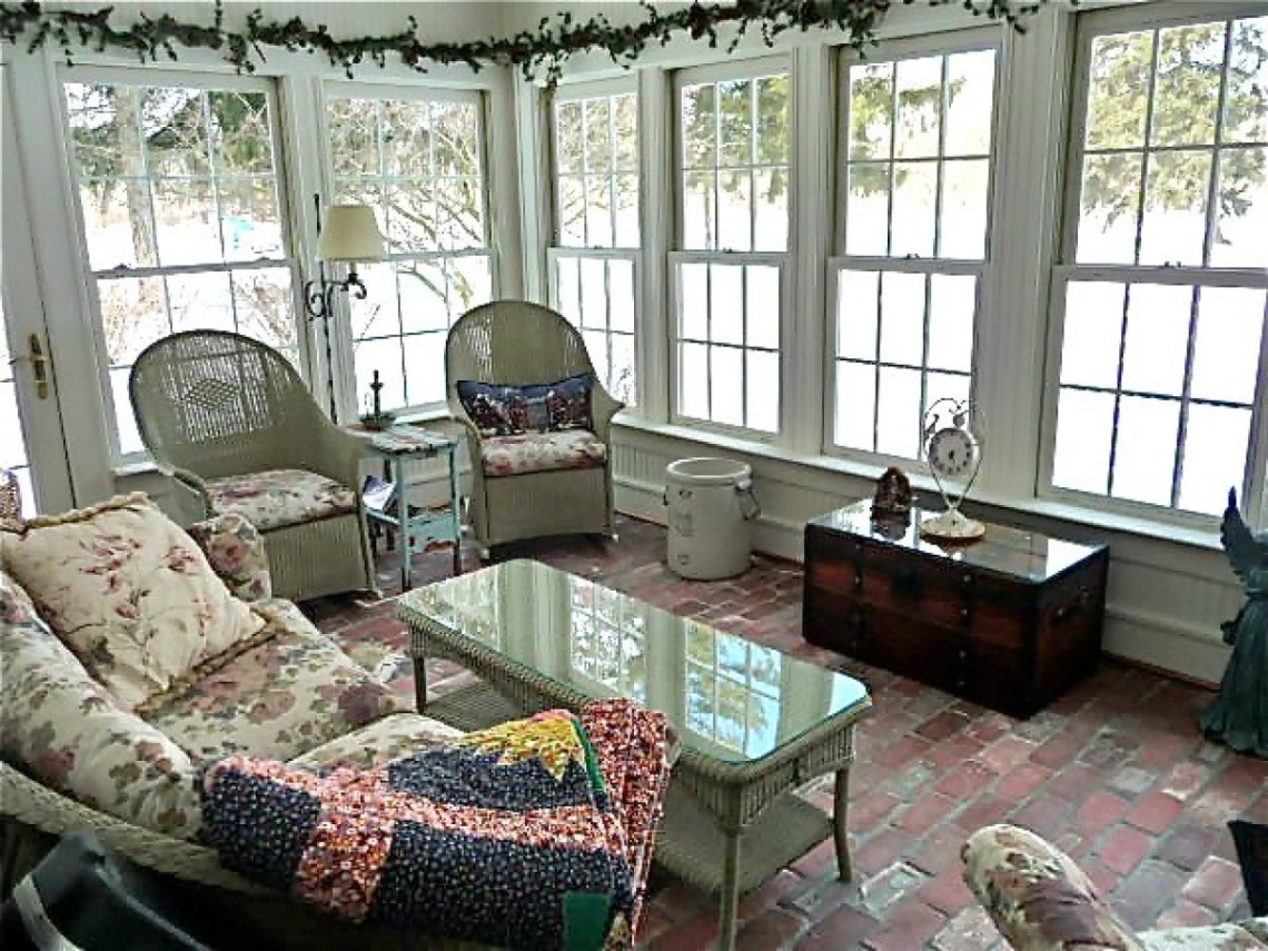 Design Inspiration 15 Gorgeous Sunrooms Photos Huffpost