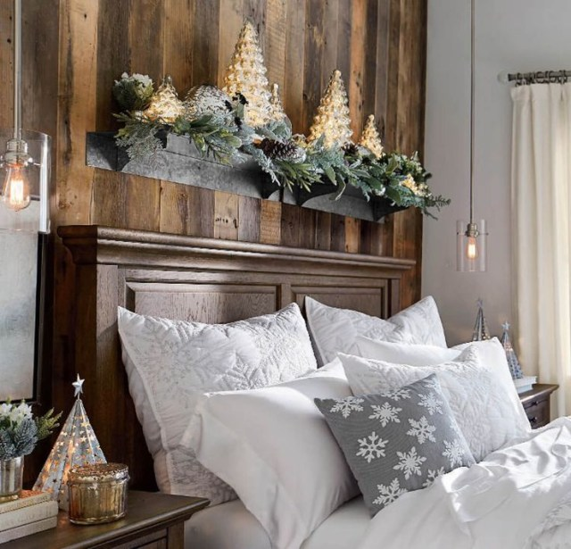 Elegant Interior Theme Christmas Bedroom Decorating