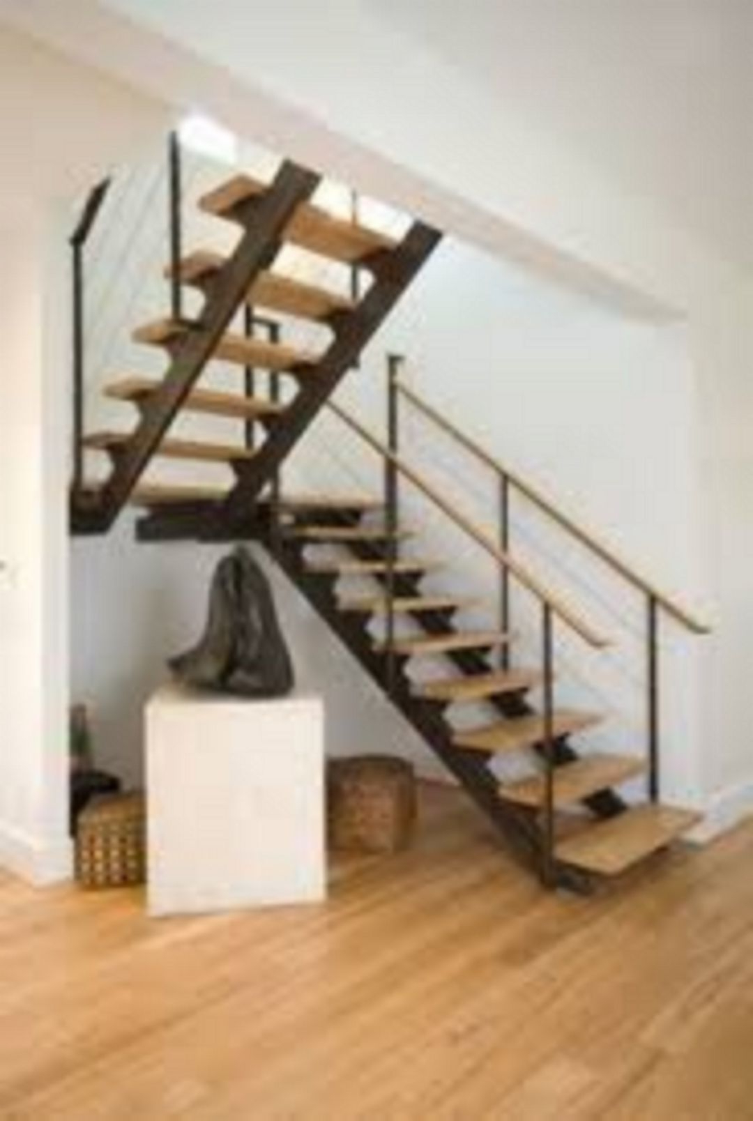 Floating Stairs 6217 Decorathing