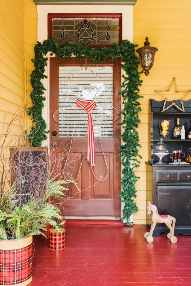 Front Yard Christmas Decorations Hgtv