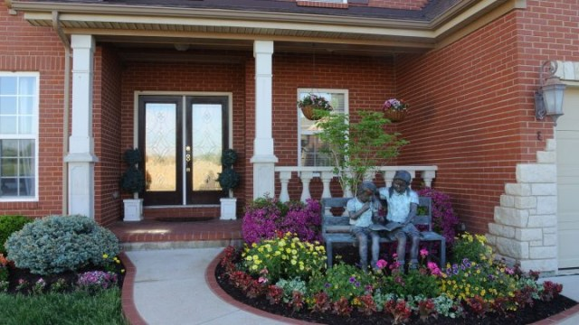 Front Yard Flower Bed Ideas Front Yard Flower Bed Ideas