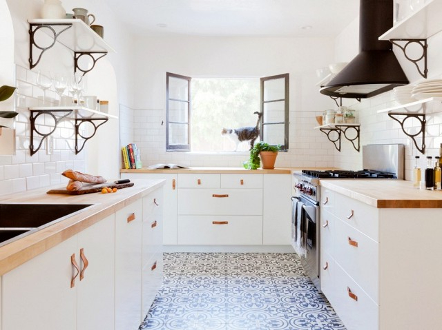 Granada Tiles Cement Tiles For A Beautiful Kitchen Tile