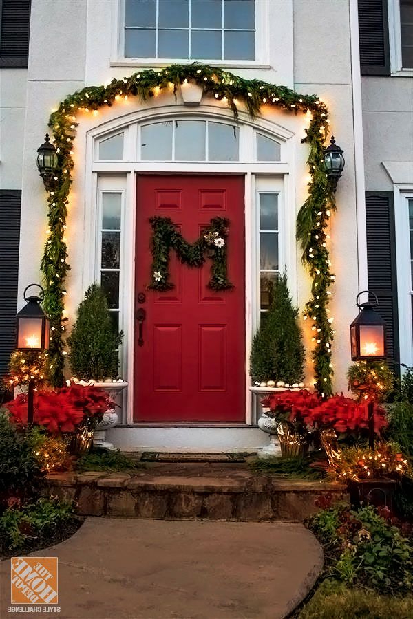 Holiday Door Decorating Ideas For Your Small Porch The