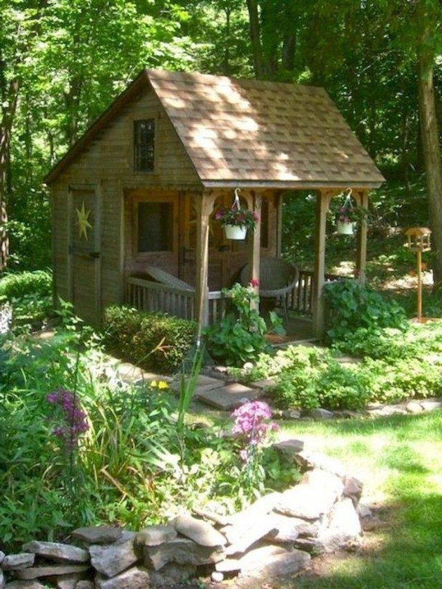 Incredible Backyard Storage Shed Makeover Design Ideas 19