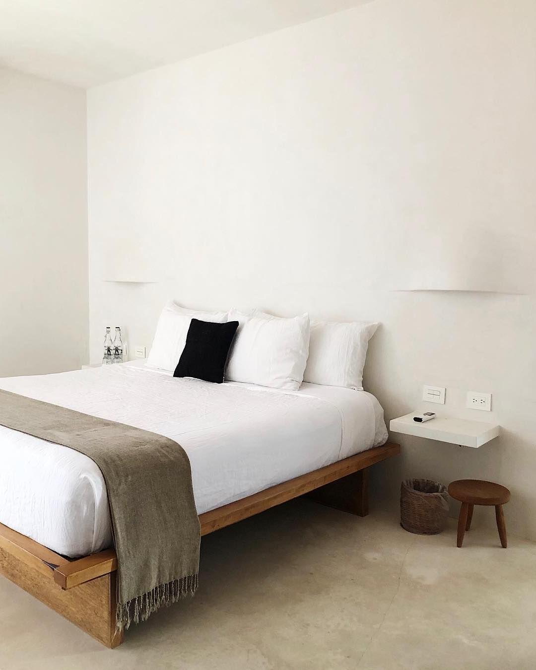 Linen Venice Set In 2020 Minimalist Room Minimalist