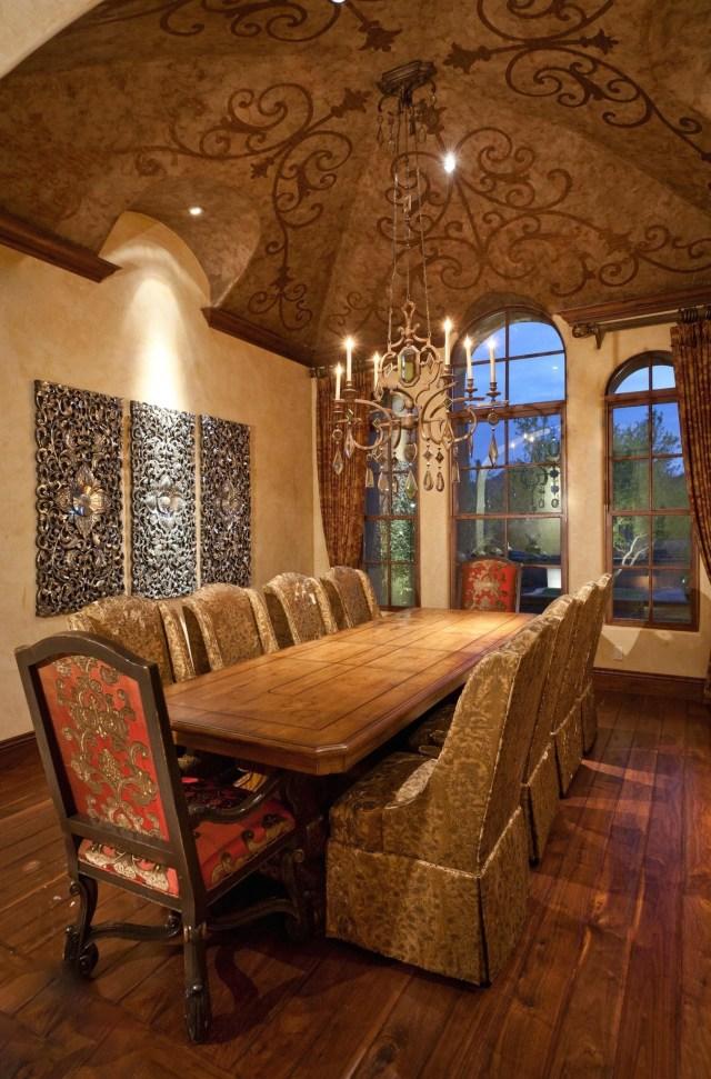 Mediterranean Dining Roomlook At That Ceilingwowww