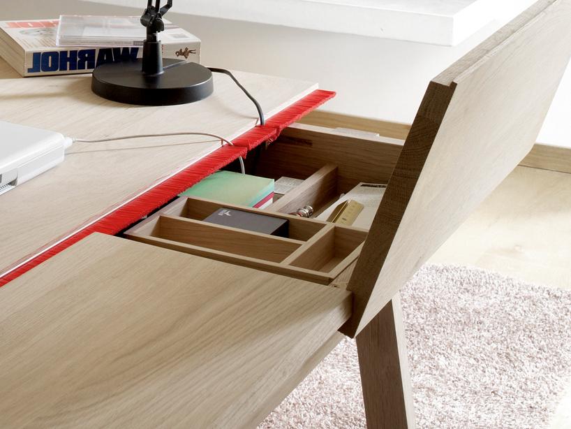 Minimalist Solid Oak Desk With Plenty Of Storage Space