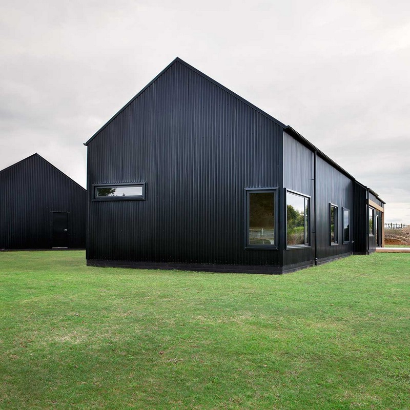 Modern Barn Form Innovative Black Barn Red Architecture