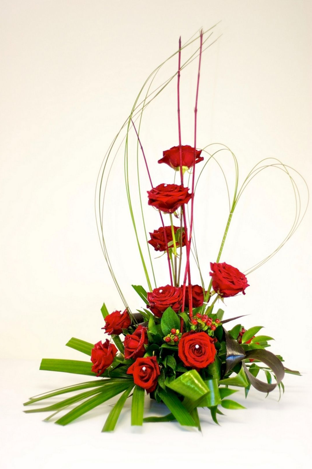 Nice 35 Beautiful Valentine Floral Arrangements Ideas For