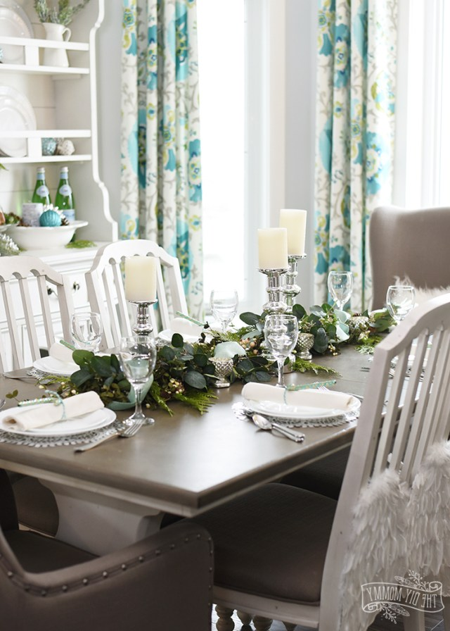 Our Aqua Green Christmas Table And Hutch The Diy Mommy
