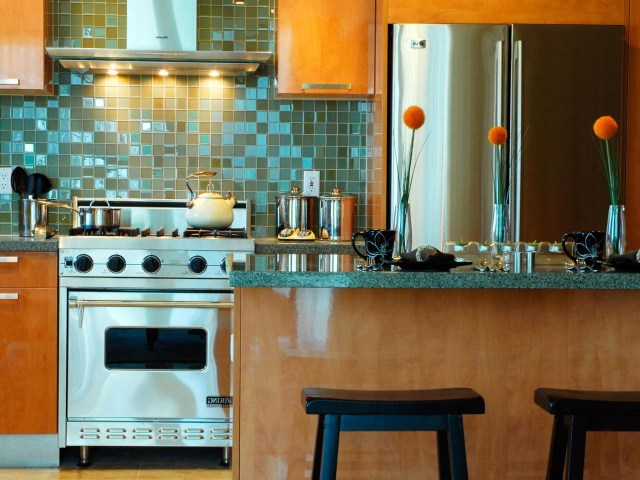 Painting Kitchen Tiles Pictures Ideas Tips From Hgtv Hgtv
