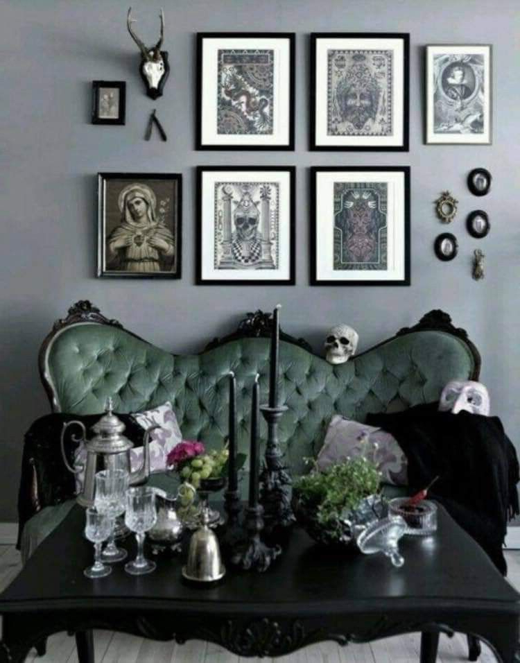 Pin Na Donofrio On Dark Decor Halloween Living Room