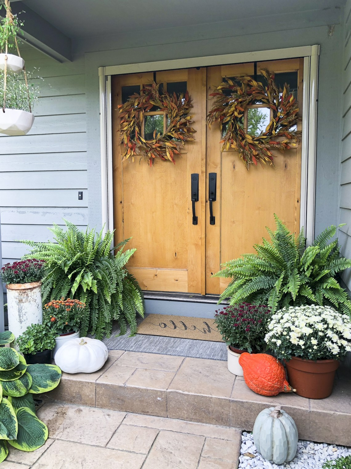 Simple Porch Entryway Fall Decor Fabulous Fall Homes