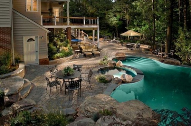 Top 10 Most Beautiful Backyards In Usa Backyard Pool Designs Backyard Retreat Backyard