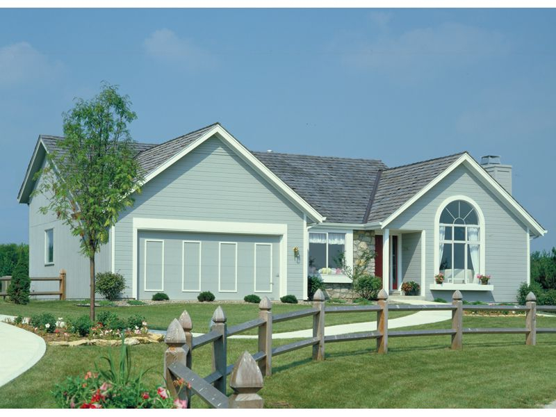 Traditional Ranch With Cheerful Arch Window Plan 022d