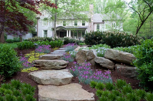 Up Your Homes Curb Appeal With Front Yard Landscaping
