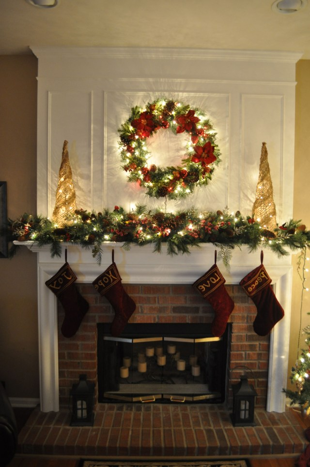 Wendys O Mantle A Section Or Two Of Full Pine Garland