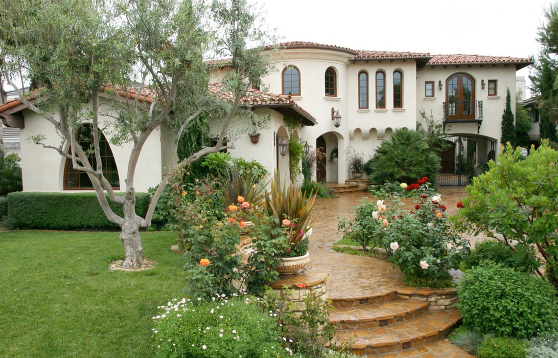 White Stucco Exterior Roses Landscaping Terracotta Roof