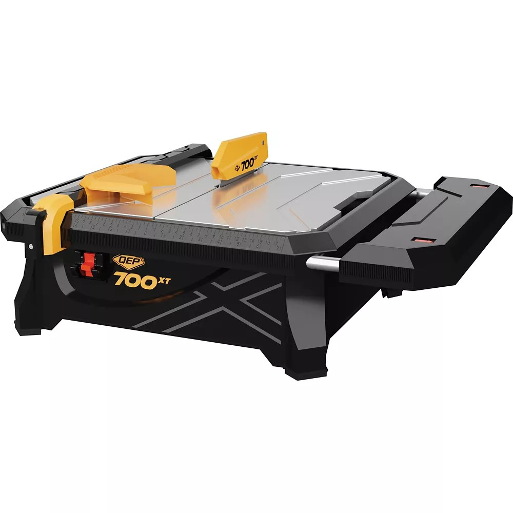 7 inch 700xt wet tile saw with table extension