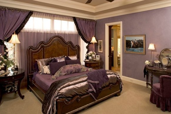 20 Pleasant Purple and Gold Bedrooms   Home Design Lover luxurious gold purple bedsheets