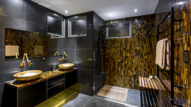 ideas to add gold in your bathroom
