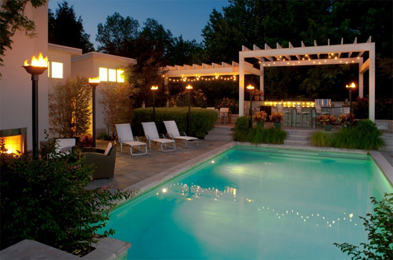 20 Torch Lights To Accentuate Your Homes Outdoor Area