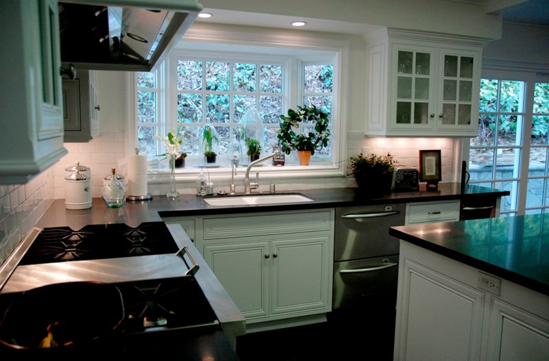 20 charming kitchen spaces with bay