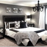 35+ Easy Tips Small Master Bedrooms Decor That You Must Know