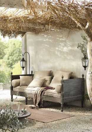 Incredible Cozy Outdoor Rooms Design And Decorating Ideas 0017