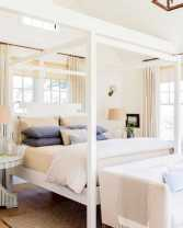 Dreamy Canopy Beds 0010