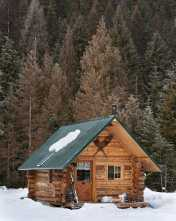 Log Cabin In Winter0005
