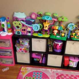 Organizing Toys In Living Room 0009