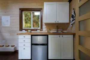 Clever Tiny House Kitchen Ideas0005