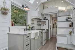 Clever Tiny House Kitchen Ideas0022
