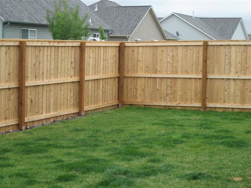 how to build wooden fence