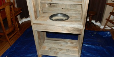 How to Build a Potting Bench For Pots, Not Pot