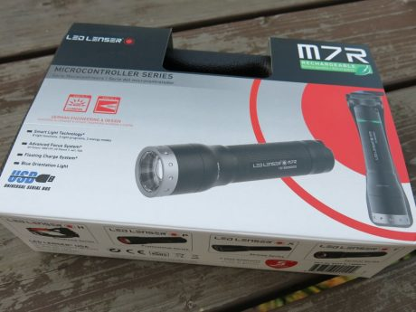 led-lenser-m7r-box