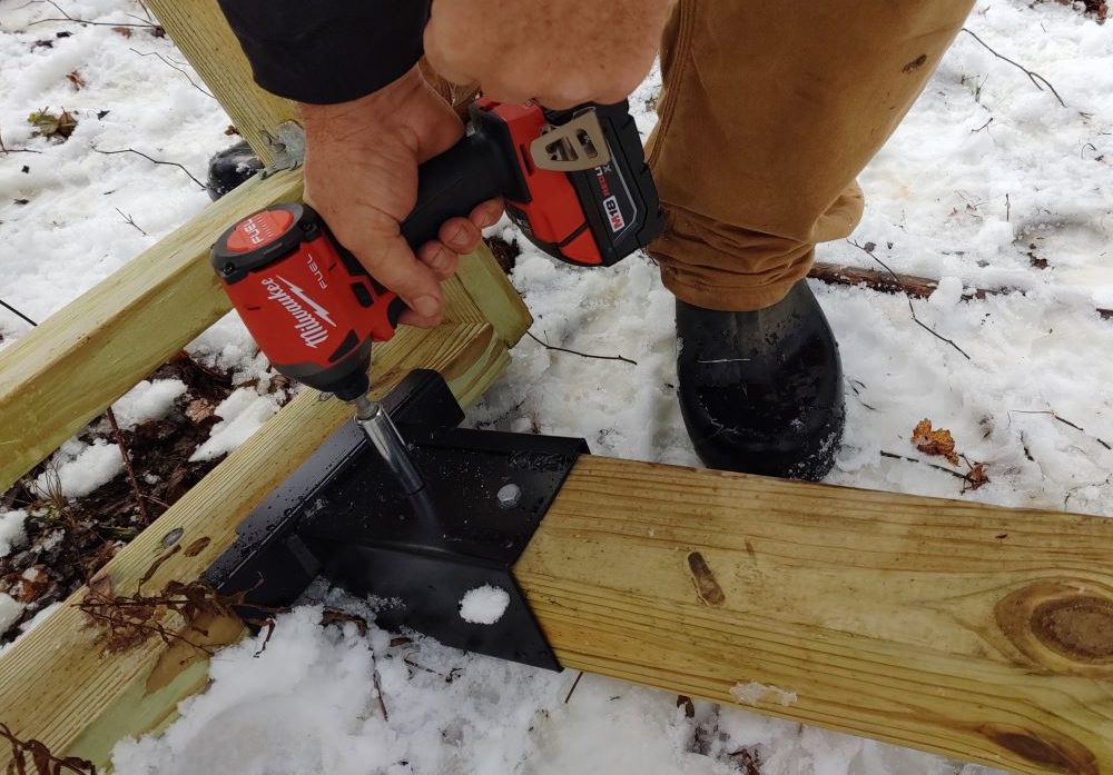 how to build a deer stand - legs